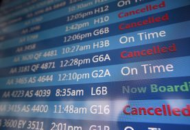 Chicago airports cancel nearly 1,400 Sunday flights amid winter storm