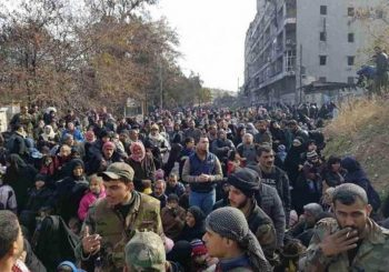 Syrian army pauses Aleppo assault to allow civilian evacuations
