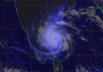 Cyclone Vardah makes landfall in India with powerful wind, heavy rain
