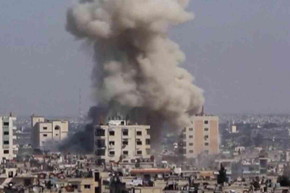 Homs blasts threaten to derail Syria talks in Geneva