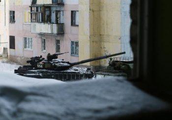 NATO calls on Russia to stop violence in Ukraine