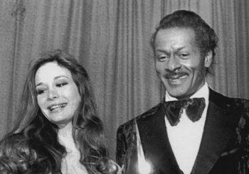 Legendary rock 'n' roll pioneer Chuck Berry dead at 90