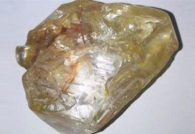 Sierra Leone pastor finds huge 706-carat diamond