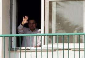 Egyptian prosecution frees former ruler Hosni Mubarak
