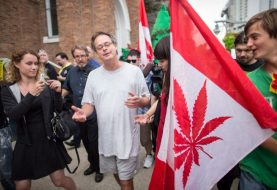 Pot advocates Marc and Jodie Emery  arrested at airport, shops raided