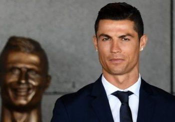 Ronaldo statue: Sculptor Emanuel Santos defends his bizarre work