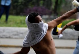 Deadly violence at Venezuela's 'mother of all marches'