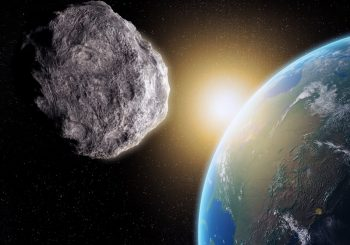Large asteroid to pass by Earth