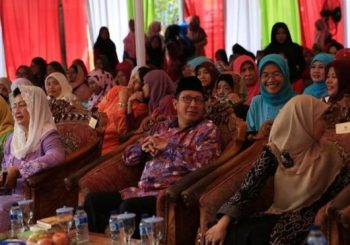 Female Islamic clerics in Indonesia issue rare child marriage fatwa