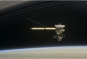 Nasa waits on Cassini radio contact from Saturn