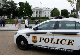 Secret Service beefs up barriers at White House