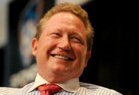 Billionaire makes 'biggest philanthropic gift' by living Australian