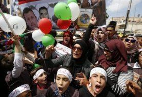 Palestinian hunger strike leader Barghouti 'filmed eating'
