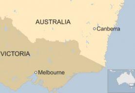 Melbourne siege: Police shoot dead hostage-taker