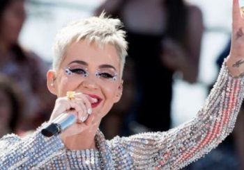 US singer Katy Perry is first to 100m Twitter followers