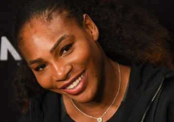 Pregnant Serena Williams poses naked on the cover of Vanity Fair