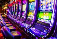 Woman sues casino that offered her steak instead of $43 million