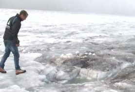 Swiss glacier reveals couple lost in 1942