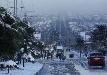Chile turns chilly as Santiago hit by rare heavy snowfall