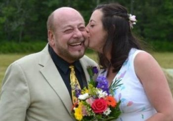 Canadian father struck by lightning at daughter's wedding