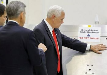 Mike Pence ignores Nasa 'do not touch' sign
