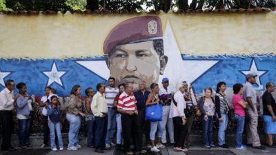Woman shot dead in Venezuela voting queue