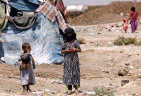 Yemen war: Saudi-led air strike kills displaced civilians