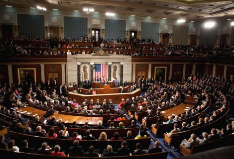 Obamacare: US senators vote in favour of debating repeal