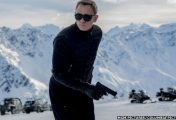 Daniel Craig confirms Bond return