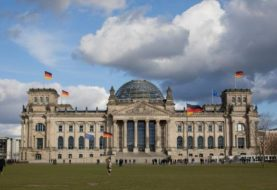 Chinese tourists arrested for Nazi salute in Berlin