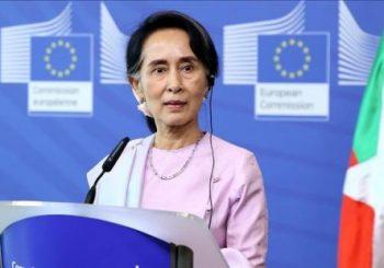 US senator: Suu Kyi must act to stop Rohingya crisi