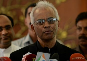 Freed Indian priest returns home from Yemen, meets Modi