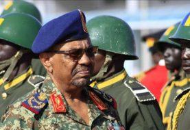 Sudan's Bashir announces Darfur disarmament drive