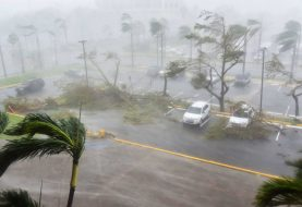 Puerto Rico completely without power after Hurricane Maria hits