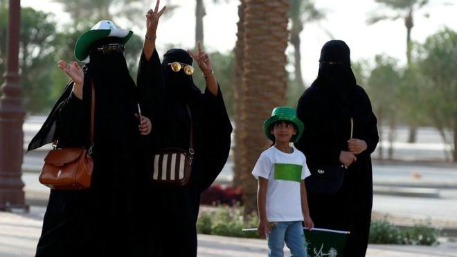 Saudi Arabia driving ban on women to be lifted
