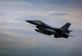 Turkish jets hit PKK arms dumps in northern Iraq