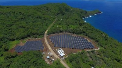 Elon Musk says he can rebuild Puerto Rico's power grid with solar