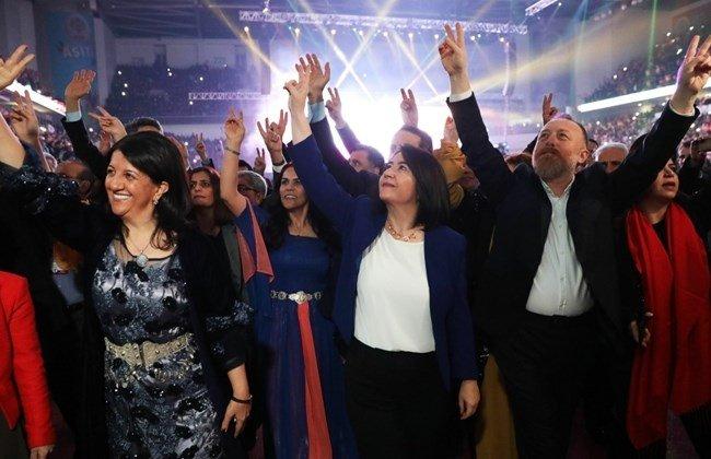 Turkeys pro-Kurdish opposition elects new leaders